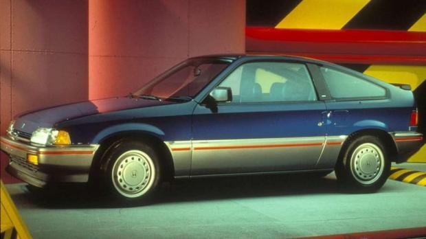 Honda Civic CRX HF 1986 - O automóvel compartilhava a aparência esportiva da versão CRX Si. O motor 1.5 rendia apenas 58 cv e fazia 17,8 km/l na cidade e 21,6 km/l na estrada.