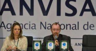 A gerente-geral de alimentos da Anvisa, Denise Resende, anuncia selo e notas para alimentação na Copa 2014Wilson Dias/ Agência Brasil