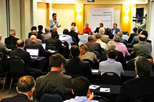 Eleições 2014 - Eduardo Campos diz que existe 46% de chance de haver 'apagão' no País e culpa Dilma por crise energética