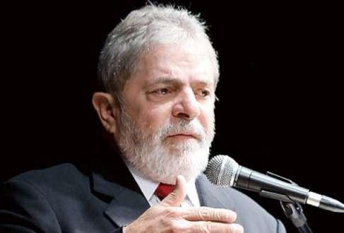 """Eleições 2014 - Lula diz que Dilma será reeleita por ser a """"mais preparada"""""""