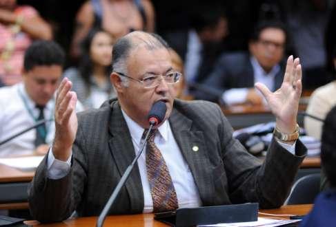 Após rejeição de audiência pública sobre a resolução do Conselho Federal de Psicologia, Pastor Eurico (PSB-PE) pensa em fazer consulta direta à sociedade, caso o debate não avance na Câmara dos Deputados