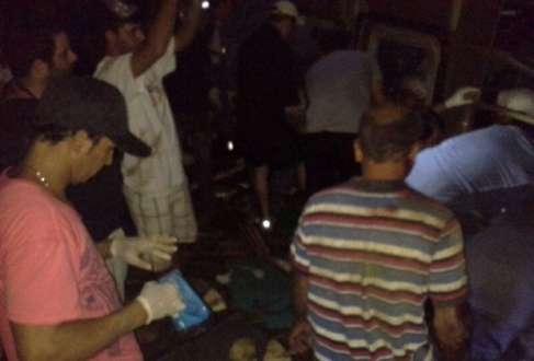 MG - Sobe para dez o número de mortos em acidente com ônibus em Luz
