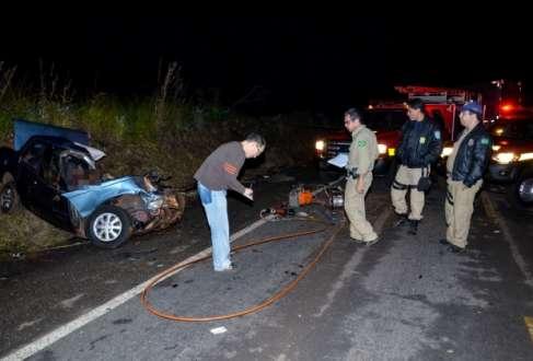 MG - Motorista inabilitado provoca acidente e mata família em Sacramento