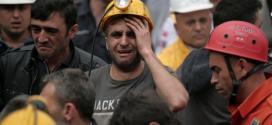 O acidente, ocorrido na terça-feira (13), numa mina de carvão, na cidade de Soma, no Oeste da Turquia, figura como a mais grave catástrofe industrial do país
