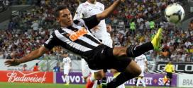 Braileirão 2014- - De virada Atlético-MG ganha ao Santos, fora de casa