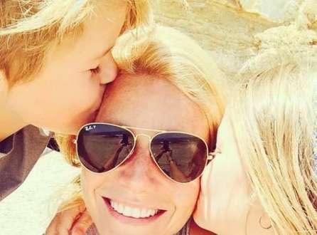 Gwyneth Paltrow e Shailene Woodley recomendam óleo de coco diariamente para deixar os dentes mais brancos e as gengivas mais fortes
