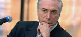 Michel Temer defende plebiscito em 2015 para definição da reforma política