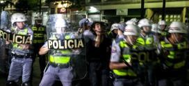 Brasil - Defensor diz que prisão de manifestantes em São Paulo é mais política que criminal
