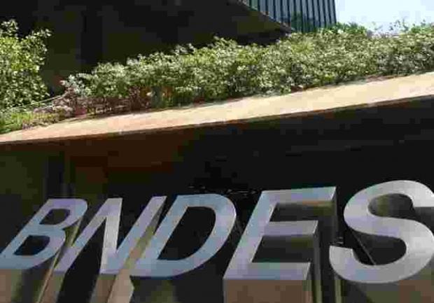 Consultas ao BNDES voltam ao nível pré-crise
