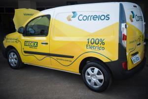 Brasil - Correios fazem teste para entregar cartas com carros elétricos