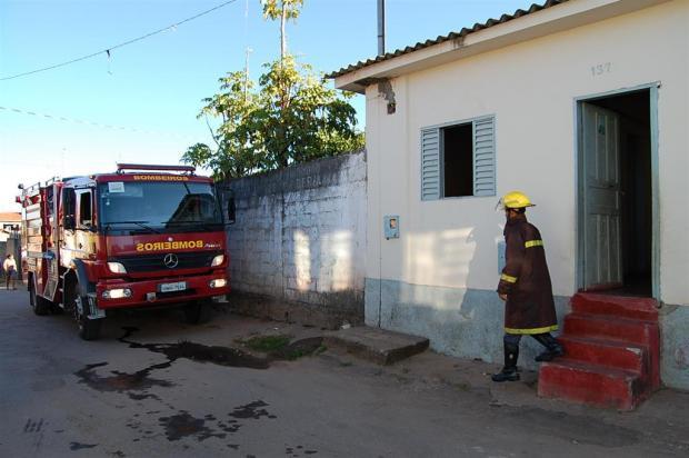 MG - Incêndio em residência na cidade de Diamantina