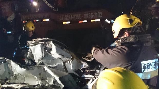 Montes Claros - Grave acidente no Anel Rodoviário Sul deixa 03 vítimas fatais