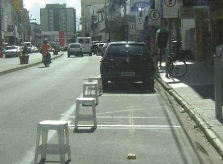 Montes Claros - Comerciantes que demarcam vagas de estacionamento poderão ser punidos