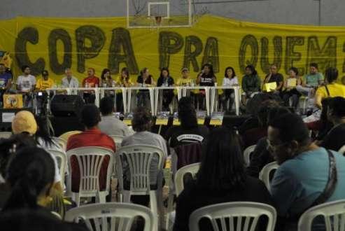 Copa 2014 - Movimentos sociais organizam eventos alternativos para dias de partidas da Copa