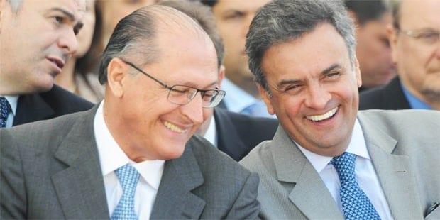 Eleições 2014 - Aécio Neves e Alckmin participam de convenção do PTB em SP