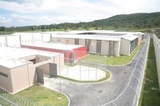 A inauguração da terceira unidade do Complexo Penitenciário da Parceria Público-Privada (PPP), em Ribeirão das Neves, Região Metropolitana de Belo Horizonte, ampliou em 672 o número de vagas no sistema prisional.
