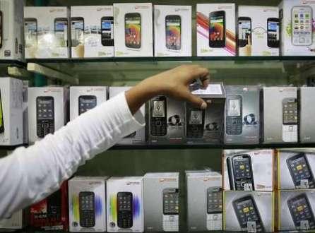 Pesquia TIC Domícilio 2013 aponta um crescimento acima do dobro no uso de internet por celulares quando comprado a 2011, atualmente em 31%