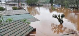 Chuvas deixam cidades de Santa Catarina em Estado de Emergência