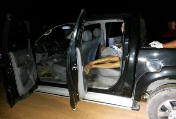 MG - Homem é encontrado morto dentro de caminhonete em Governador Valadares