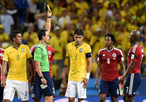Capitão da Seleção Brasileira levou  um cartão amarelo durante partida contra a Colômbia