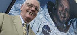 Neil Armstrong, que morreu há dois e anos e foi o primeiro homem a colocar os pés na superfície lunar
