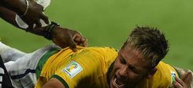 Neymar levou uma joelhada nas costas do lateral colombiano Camilo Zúñiga aos 41 minutos do segundo tempo da partida que selou a classificação do Brasil às semifinais da Copa do Mundo