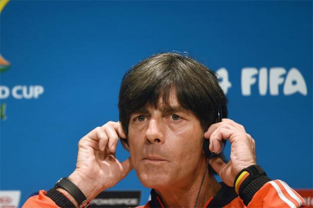 Para Joachim Löw, técnico da seleção alemã, a ausência de Neymar na semifinal da Copa do Mundo na terça-feira em Belo Horizonte pode complicar a vida de seus jogadores alemães contra os brasileiros.