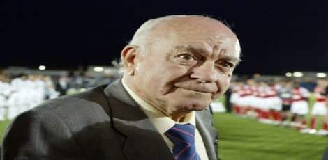 Presidente de honra do Real Madri, Di Stefano é um dos jogadores de futebol mais famosos do clube