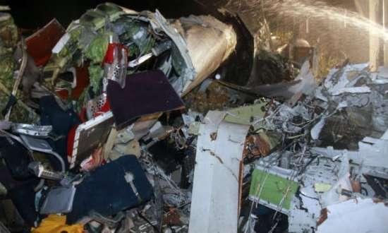 Segundo o ministro dos Transportes, 47 pessoas estavam presas no interior da aeronave e provavelmente estão mortas
