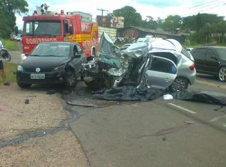 Brasil - Cinco morrem por hora no trânsito brasileiro, diz relatório