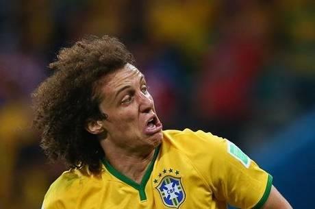 David Luiz marcou o gol que garantiu a vitória sobre a Colômbia