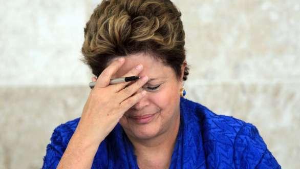 Dilma afirma que derrota pode provocar profunda reforma do futebol brasileiro