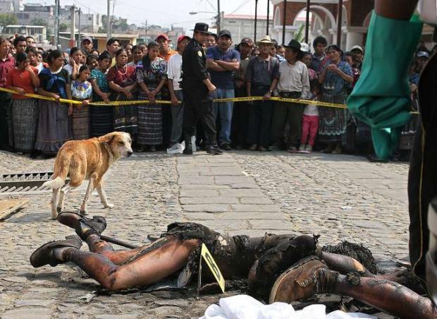 Por roubar gado, 3 homens são linchados até a morte na Bolívia