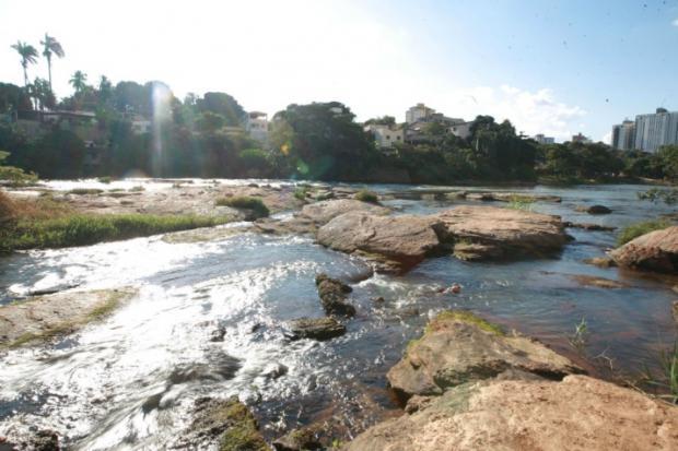 O rio Doce está com o nível baixo, o que pode resultar em desabastecimento em Valadares