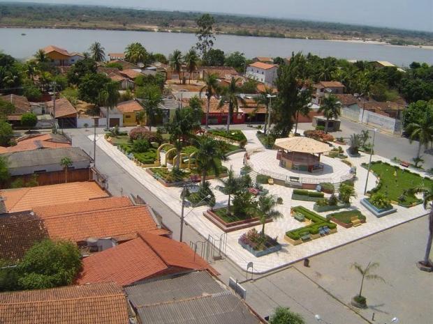 Norte de Minas - Funcionaria da Prefeitura de Itacarambi fica sem exame por se recursar a receber R$ 300,00 e a assinar recibo de R$ 520,00