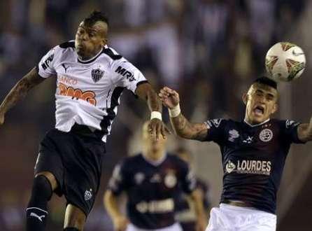 Atlético-MG saiu na frente no confronto contra o Lanús