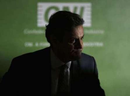 Candidato do PSDB à Presidência, Aécio Neves, durante entrevista coletiva na sede da CNI em Brasília. 30/07/2014.