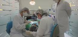 Há vagas para as especializações: Ortodontia, Endodontia, Radiologia, DTM e Odontopediatria.