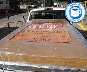 A cidade promete neste ano superar os 302 kg do doce de leite gigante produzido em 2013 / Foto: Divulgação