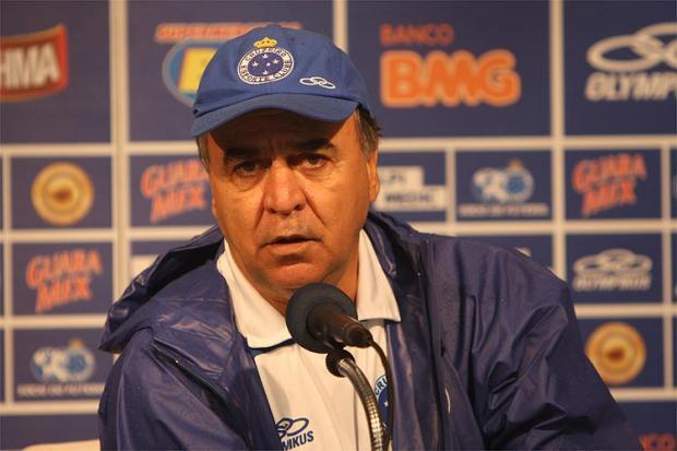Brasileirão 2014 - Marcelo Oliveira prevê jogo difícil e aberto contra o Botafogo