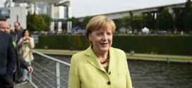 Primeira-ministra Angela Merkel explicará a situação aos deputados em uma sessão extraordinário nesta segunda.
