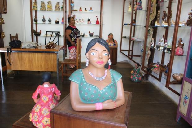 Montes Claros - Loja de artesanato é destaque entre consumidores de arte