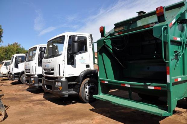 Montes Claros - ESURB anuncia contratação de 15 caminhões para o serviço de coleta de lixo
