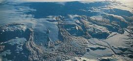 A vulcanologista Melissa Pfeffer afirmou que dados sísmicos indicam que a lava está derretendo o gelo embaixo da geleira Vatnajokull