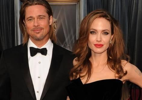 Brad Pitt e Angelina Jolie se casam na França