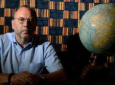 Peter Piot descobriu o vírus do ebola durante o primeiro surto conhecido da doença, no Congo
