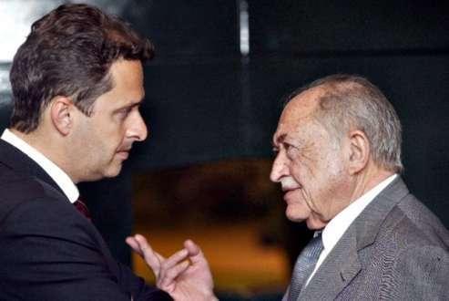 O candidato do PSB à Presidência, Eduardo Campos, será enterrado no mesmo túmulo do avô, o ex-governador de Pernambuco Miguel Arraes (1916-2005).