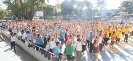 Montes Claros - Ginástica para Todos: Lançamento do programa reúne grande público na Praça de Esportes