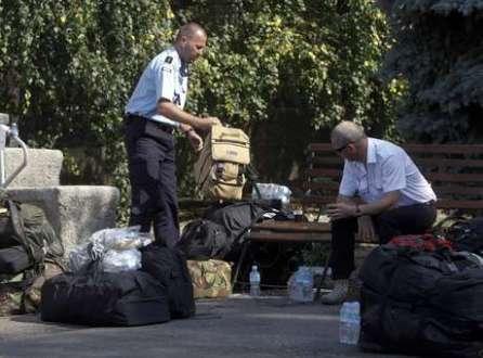 Especialistas que faziam busca deixam a Ucrânia após conflitos no leste do país ficarem mais tensos