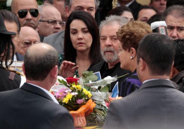 Lula e Dilma teriam deixado velório de Eduardo Campos avaliando cenário eleitoral. Foto: Edmar Melo/JC Imagem